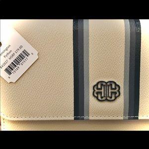 NWT! Cydna B Kensington Python Magnetic Wallet